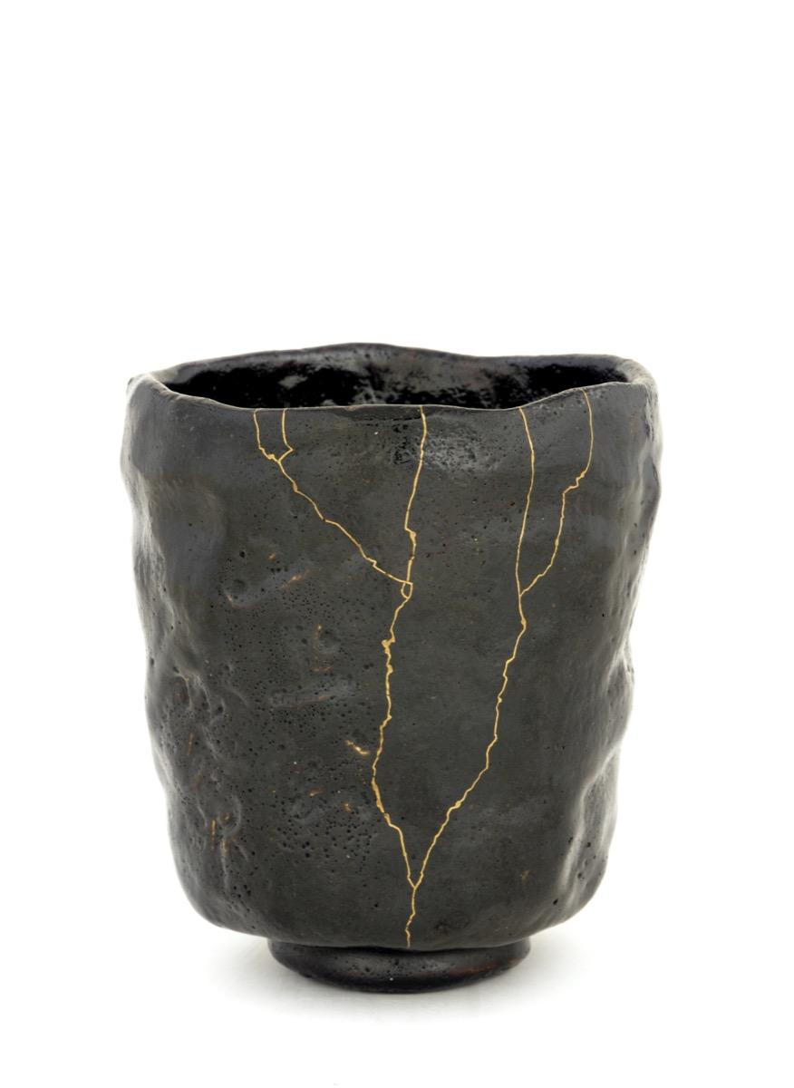 Kintsugi, The Japanese Art of Mending Broken Ceramics with Gold - Artsy
