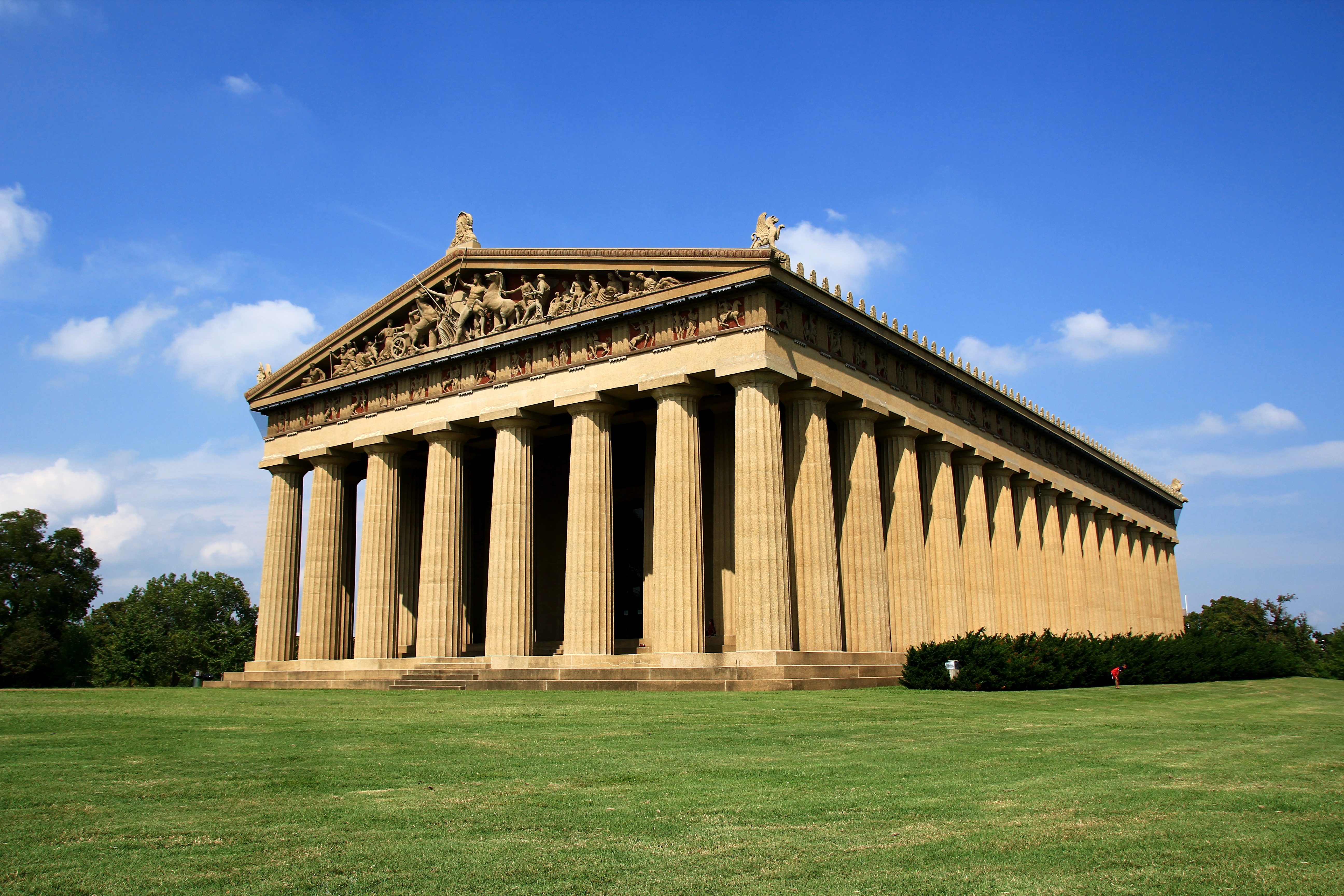 why is there a full scale replica of the parthenon in nashville