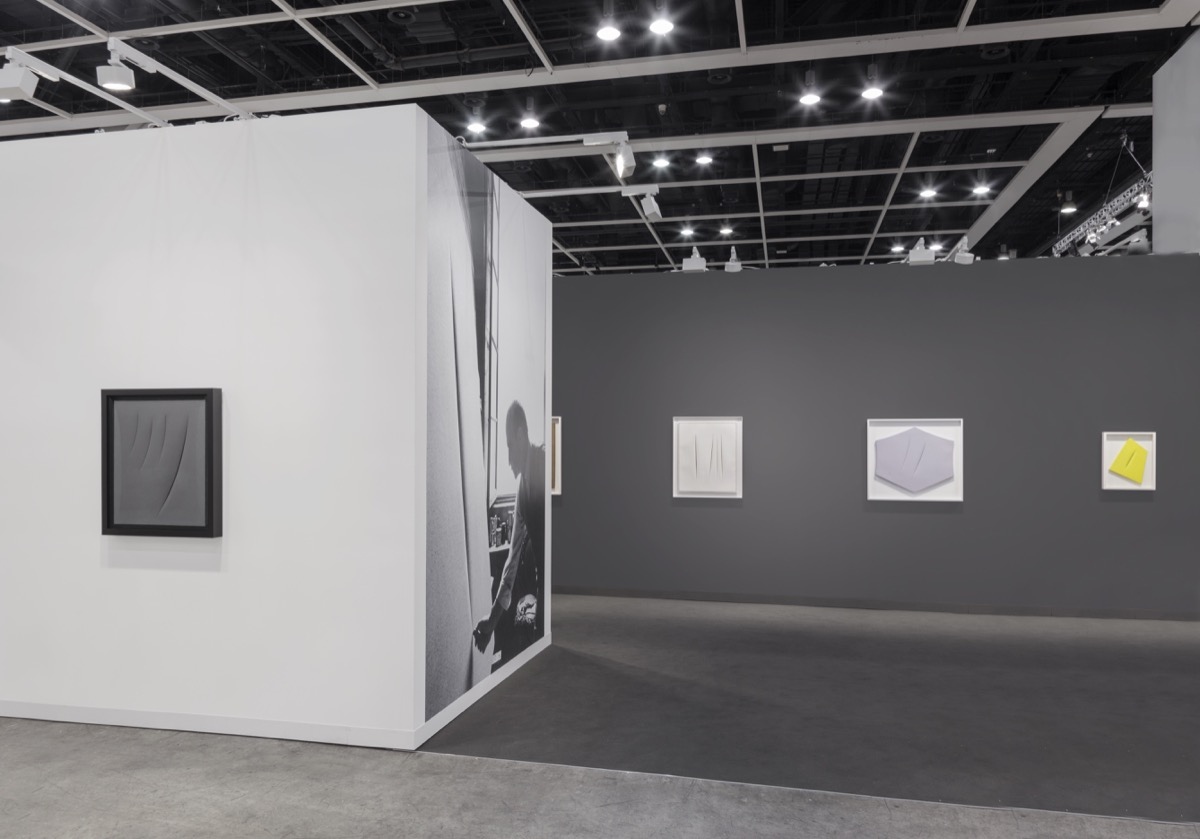 The 15 Best Booths at Art Basel in Hong Kong - Artsy
