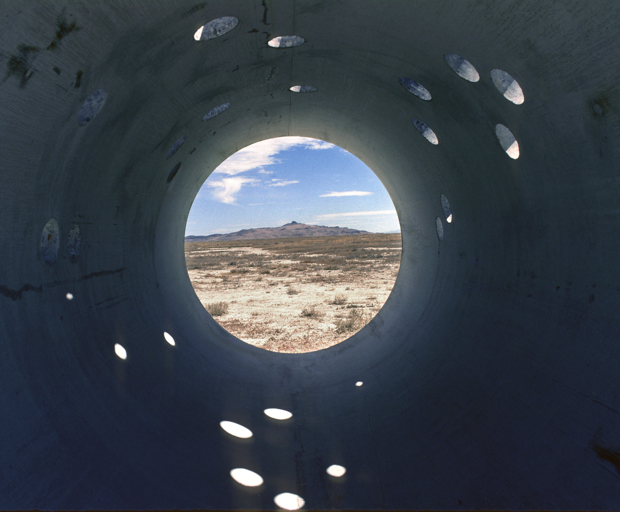 "Nancy Holt's ""Sun Tunnels"" Is a Masterpiece of Land Art - Artsy"