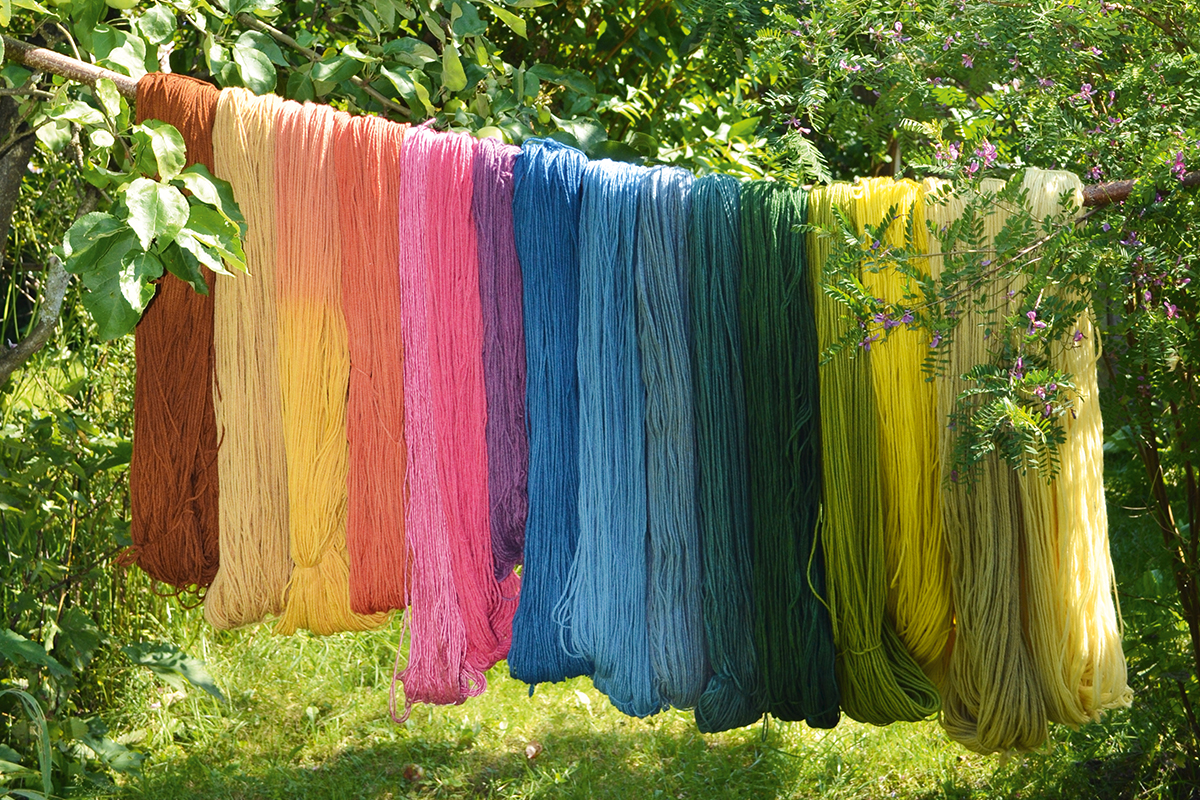 5 Natural Dyes You Can Create From The Contents Of Your Kitchen Artsy