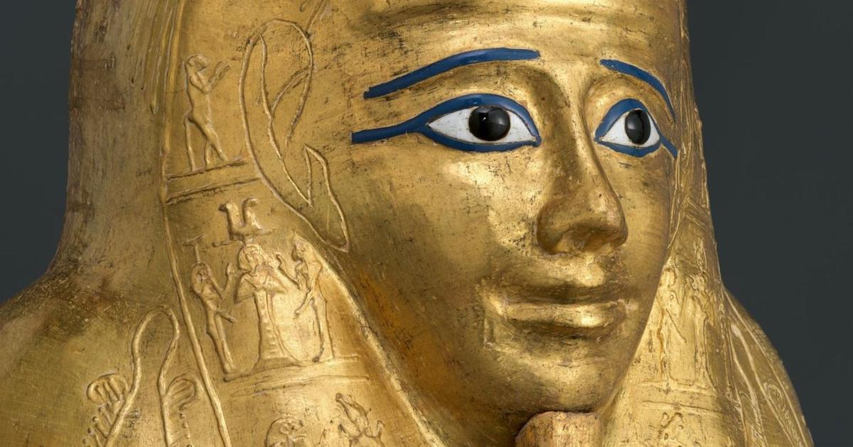 Metropolitan Museum to Return Golden Coffin Plundered from Egypt