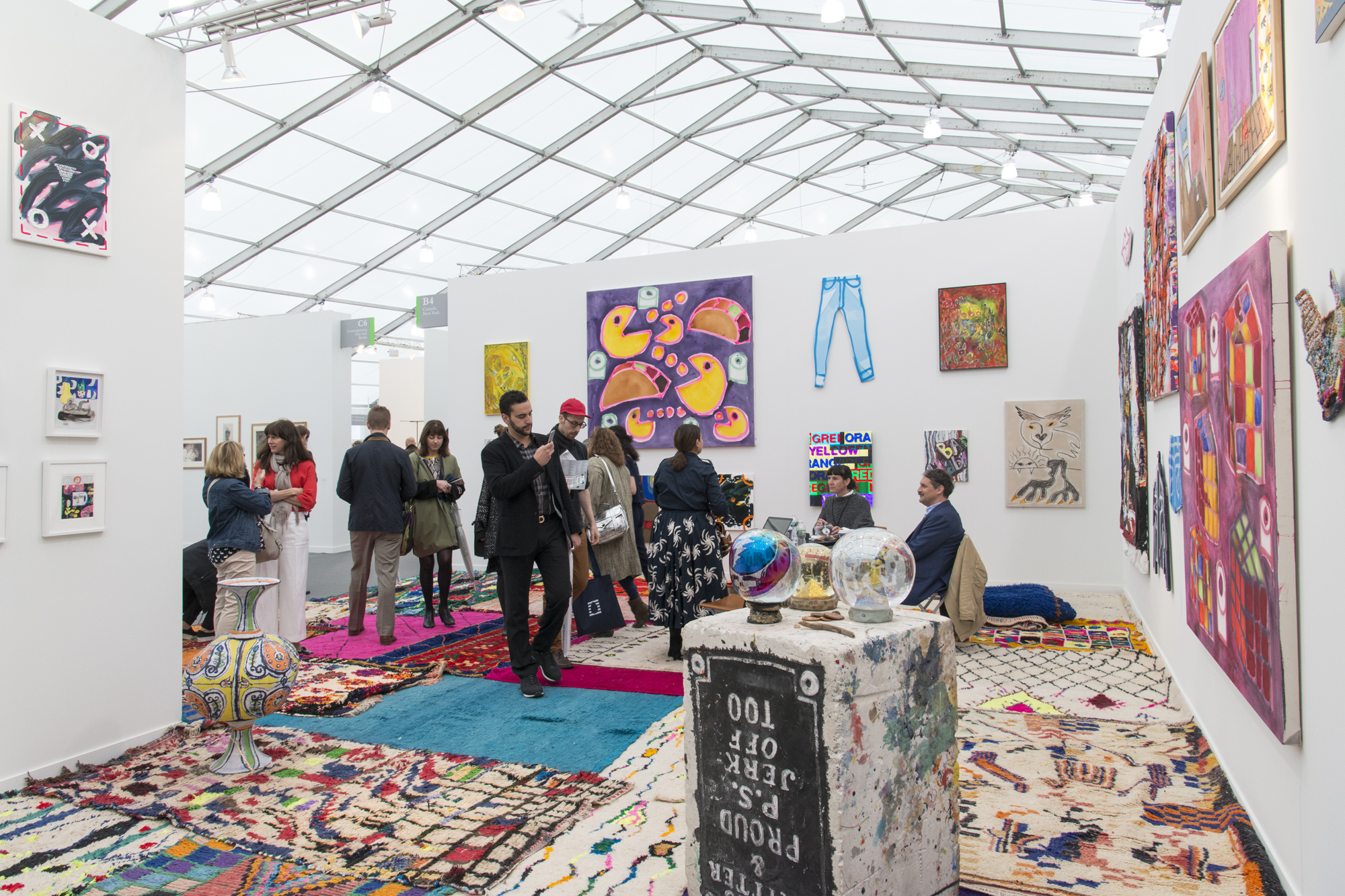 Exhibition Booth London : The best booths at frieze new york artsy