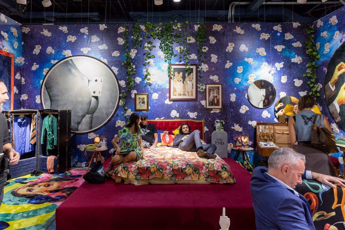 The 20 best booths at art basel in miami beach artsy gumiabroncs Images