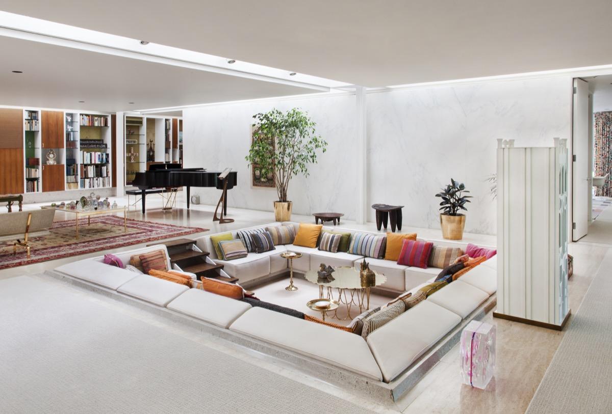Step Inside Modernist Master Eero Saarinen's Iconic Miller House ...